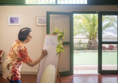 Diferencia entre residencia para mayores y centro de dia